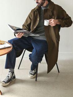 Mens Minimalist Fashion - My Minimalist Living Street Style Vintage, Look Street Style, Workwear Fashion, Fashion Outfits, Fashion Blogs, Fashion Trends, Stylish Men, Men Casual, La Mode Masculine