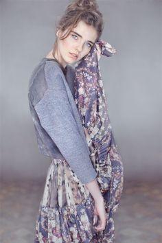 """Aneta Zielińska, wake me up,"""" foto Jakub Gadzalski, modelka Gabi  Milenium Model, make up i fryz. Beata Wilczewska, retusz Małgorzata Fober"""