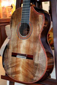 Bellucci Brazilian Rosewood, Hauser braced Curly Sinker Redwood top Concert guitar - beautiful!