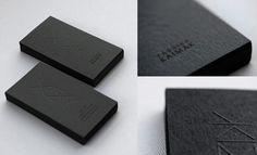źródło: http://inspirationhut.net/inspiration/fantastic-collection-of-26-business-card-designs-done-right/