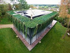 prefabricated-positive-energy-homes-philippe-starck-riko-3.jpg