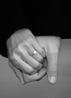 I have always loved seeing couples holding hands, a conscious link that says so much!