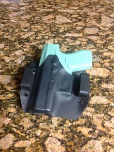 OWB for Glock 42.