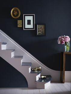 Interior designer and colour lover Sophie Robinson shows how to decorate with navy to create a calm and classic scheme Dark Blue Hallway, Gray Interior, Interior Design, Interior Ideas, Half Painted Walls, Sophie Robinson, Island With Seating, Hallway Decorating