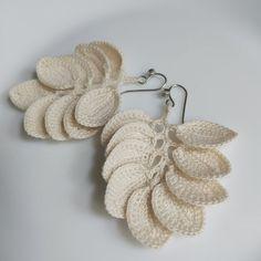 Silver Ear Jackets + Sparkly Spikes - silver ear jacket/ ear jacket spike/ ear jacket silver/ ear jacket earring/ birthday/ gifts for her - Fine Jewelry Ideas Crochet Leaves, Crochet Mandala, Diy Crochet, Crochet Flowers, Crochet Jewelry Patterns, Crochet Earrings Pattern, Crochet Accessories, Pioneer Gifts, Jw Pioneer