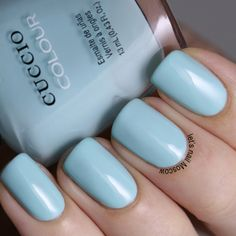 Cuccio Colour -  CHICAGO WINDS.   2 thick or 3 thin coats for full opacity, light blue with a hint of green