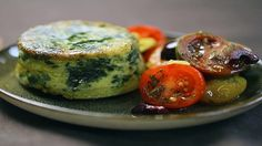 Crustless Spinach and Feta Pies Greek spin on the SW quiche - nice with spinach and feta Food Network Uk, Food Network Recipes, Food Processor Recipes, Pie Recipes, Cooking Recipes, Fancy Recipes, Vegetarian Cooking, Greek Recipes, Vegetarian Recipes