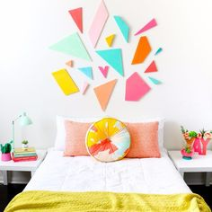This would be great for a kid room // Learn how to DIY your own light weight colorful geometric headboard using craft foam sheets by FloraCraft. Easy triangle and polygon shaped bedroom decor - quick craft - home DIY project Easy Diy Room Decor, Diy Home Decor, Bedroom Decor, Bedroom Ideas, Master Bedroom, Extra Bedroom, Bedroom Styles, Bedroom Storage, Decor Crafts