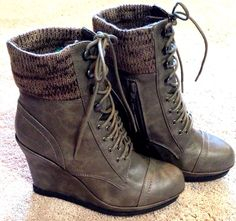 MOSSIMO WOMENS SIZE 11 GRAY LACE-UP WEDGE ANKLE BOOTIE HIGH HEEL PLATFORM BOOT