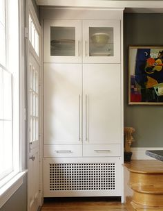 Could adapt this radiator cover and storage solution to suit a mudroom. Home Radiators, Bathroom Radiators, Cupboard Storage, Built In Storage, Fireplace Cover, Kitchen Pantry Cabinets, Modern Hallway, Radiator Cover, Shelves In Bedroom
