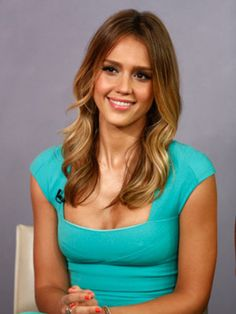 Jessica Alba Wore Two Corsets Day and Night for Three Months to Drop Baby Weight | Healthy Living - Yahoo! Shine