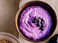 Mustaherukkatuorepuuro /Black currant overnight oat / Kotiliesi.fi / Kuva/Photo: Sampo Korhonen/Otavamedia