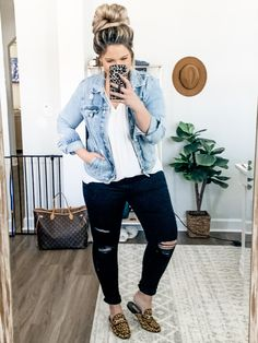 Casual Bar Outfits, Casual Mom Style, Girls Fall Outfits, Curvy Girl Outfits, Winter Fashion Outfits, Chic Outfits, Stylish Mom Outfits, Vegas Outfits, Woman Outfits