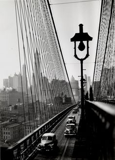 New York Harbor, Looking Toward Manhattan from the Footpath on Brooklyn Bridge, October, 1946 - photo by Esther Bubley. Brooklyn Bridge, Old Pictures, Old Photos, B&w Tumblr, Photo New York, André Kertesz, New York Harbor, Vintage New York, Black And White Pictures