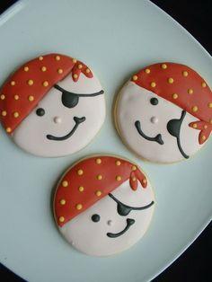 pirate birthday -- cookies or tops of cupcakes Fancy Cookies, Iced Cookies, Cut Out Cookies, Cute Cookies, Royal Icing Cookies, Cookies Et Biscuits, Cupcake Cookies, Sugar Cookies, Cupcakes
