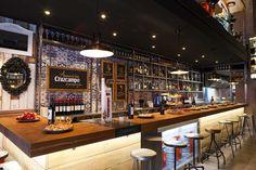 Imágenes de la barra de bar del restaurante Farándula