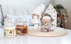 Christmas Decorations, Table Decorations, Snow Globes, Decorating Ideas, Furniture, Home Decor, Decoration Home, Room Decor, Home Furnishings