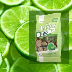 Biscoito Aruba Zero Açúcar de Limão sem Glúten e Lactose HZN 30g:  O Biscoito Aruba Zero Açúcar Sabor Limão foi desenvolvido especialmente para quem curte alimentos sem açúcar e com muito sabor, sem abrir mão de um estilo de vida saudável. Um produto livre de glúten e lactose, ideal para dietas especiais.  Além disso os Biscoitos Aruba Zero HZN não possuem traços de leite e derivados em sua composição, podendo ser consumidos por quem apresenta alergia ao leite de vaca (APLV).