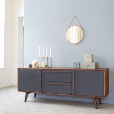 Sideboard Niels This sideboard comes from the Niels series, which stands for its Scandinavian vintage style. This piece of furniture is reminiscent of the with the rosewood used and inclined legs. Retro Furniture Makeover, Diy Furniture, Furniture Design, Vintage Sideboard, Sideboard Cabinet, Sideboard Ideas, Contemporary Cabinets, Modern Cabinets, Side Board