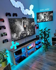 🔞 Batman ARKHAM NIGHT 🦇 × 🇺🇲 ATM without spending a dime on PSN, what do you say? Do you play it? Have a pleasant Sunday eve 😘. Gaming Lounge, Gaming Room Setup, Gaming Rooms, Boys Game Room, Boy Room, Teen Game Rooms, Ultimate Gaming Room, Batman Arkham Night, Games Room Inspiration