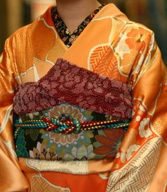 Colorful furisode/obi ensemble. Check out how all the colors are so diverse, yet somehow go together so well.