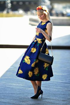 27057e3e202d Flowery skater skirt and crop top Teen Fashion Outfits