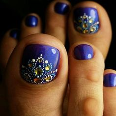 Toe Nail Art Collections To Make You Look Perfect - Nail Polish Addicted Pedicure Nail Art, Pedicure Designs, Diy Nail Designs, Toe Nail Art, Diy Nails, Pedicure Ideas, Blue Pedicure, Gel Nail, Toe Designs