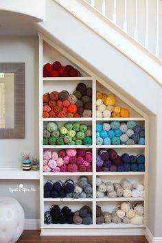 21 Trendy ideas for sewing storage yarn stash Yarn Storage, Craft Room Storage, Storage Ideas, Diy Storage, Knitting Room, Knitting Yarn, Knitting Needles, Yarn Display, Display Shelves