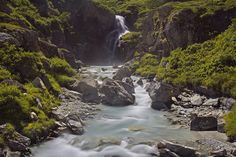 AndreaPucci posted a photo:  Italia, Valle D'Aosta, Val di Rehmes, Estate 2016  Cascata vicino al rifugio Benevolo, Val di Rhemes, Parco nazionale del Gran Paradiso, Valle D'Aosta, Italia.  Waterfall near benevolo refuge, Val di Rhemes, Gran Paradiso national Park, Aosta Valley, Italy.  www.youtube.com/watch?v=fjDojEOiMcE  E come posso stare qui con te  e non essere trasportato da te?  vuoi dirmi  come potrebbe essere  meglio di così?  Perchè sei tutto ciò che voglio  Sei tutto ciò di cui ho…