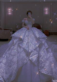 """Save=follow """"không reup dưới  mọi hình thức"""" Lace Mermaid Wedding Dress, Princess Wedding Dresses, Mermaid Dresses, Dream Wedding Dresses, Bridal Dresses, Boho Wedding, Tulle Wedding, Dress Lace, Wedding Gowns"""