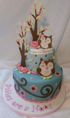 This baby shower cake is so fun and playful