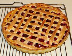 Limburger Cherry Pie (Limburgse Kersenvlaai)