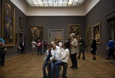 The Art of Slowing Down in a Museum - NYTimes.com,   idea for taking a selfie at a museum as part of the museum experience