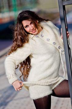 Tiffy Mohair T- neck Sweater Bodysuit Hand Knitted Fuzzy Fluffy Cream S M T274 | eBay