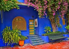 25 Modern Backyard Ideas to Create Beautiful Outdoor Rooms in Moroccan Style - Moroccan Decor Small Outdoor Patios, Small Patio, Outdoor Lounge, Outdoor Rooms, Outdoor Living, Outdoor Kitchens, Design Marocain, Style Marocain, Moroccan Design