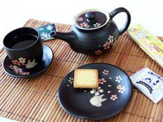 Totoro Mino Yaki Teapot
