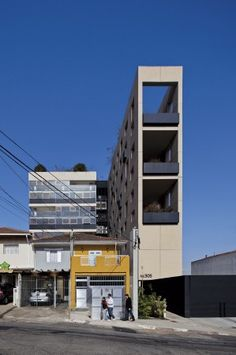 Edifício W305 / Isay Weinfeld (1)