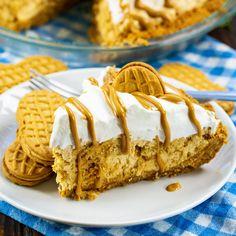 Nutter Butter Pie Recipe Easy Desserts, Delicious Desserts, Dessert Recipes, Drink Recipes, Yummy Food, Peanut Butter Recipes, Creamy Peanut Butter, Nutter Butter Cookies, Easy Pie Recipes