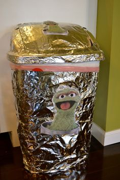 how to make oscar the grouch trash can