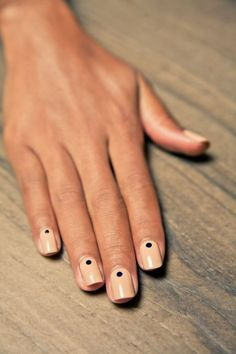    Kelly's Salon and Day Spa    Simple nail art.