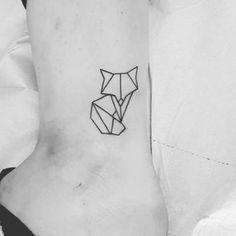 Tatuajes pequeños para mujeres Zorro