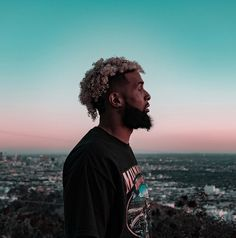 Had a lot of fun shooting some sick pictures with the legend , GET READY🔥 Black Men Hairstyles, Hairstyles Haircuts, Odell Hair, Odell Beckam Jr, Odell Beckham Jr Wallpapers, American Football Players, Football Art, Bae, Man Crush Everyday