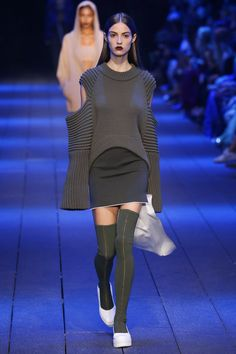 DKNY | Ready-to-Wear Spring 2017 | Look 16