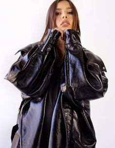 Leather Trench Coat Woman, Long Leather Coat, Leather Jackets, Types Of Jackets, Blue Jumpsuits, Oversized Jacket, Leather Fashion, Vegan Leather, Cute Outfits