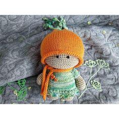 Привет, Зайчики!)Кому морковку? Яркая, сочная👌 Скорее пишите-звоните.Пы.сы.: Под заказ свяжу дополнительные наряды😉***#амигуруми #авторскаякукла #вязанаякукла #вязаныйпупс #вязаниекрючком #вязаннаяигрушка #вяжукрючком #хэндмейд #кукларучнойработы #пупс #авторкиеигрушки #игрушкакрючком #игрушкадетям #интерьернаякукла #вязаниеназаказ #амигуруми #yarn #knit #knitting #crochet #crochettoy #crochetlove #crochetlife #weamiguru #dolls