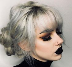 dark makeup – Hair and beauty tips, tricks and tutorials Grunge Makeup, Goth Makeup, Dark Makeup, Beauty Makeup, Hair Beauty, Jada Pinkett Smith, Natural Hair Growth, Natural Hair Styles, Style Pastel