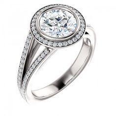 Engagement Rings⎟PTDiamonds   Halo Engagement Rings #diamondjewelry #engagement