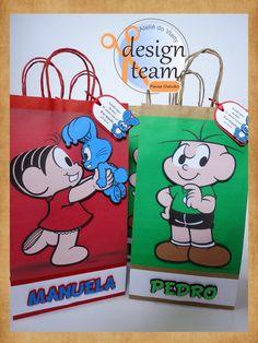 Olá! Aqui é a Paula novamente e essa postagem é para quem adora uma caixinha ou sacolinha para usar nas lembrancinhas ou personalizar a sua...