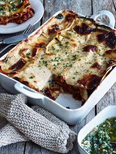 (du ville ikke tro det er) Vegetarisk lasagne – Food On The Table – Oppskrifters Vegan Pasta, Quiche, Tapas, Good Food, Food And Drink, Snacks, Dinner, Vegetables, Breakfast