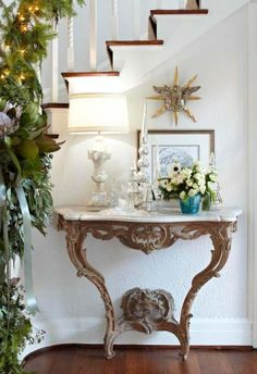 Decking the Halls! - Design Chic - great entrance foyer - love the console table!